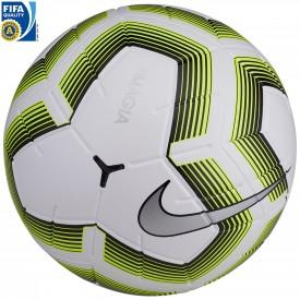 - Nike SC3536